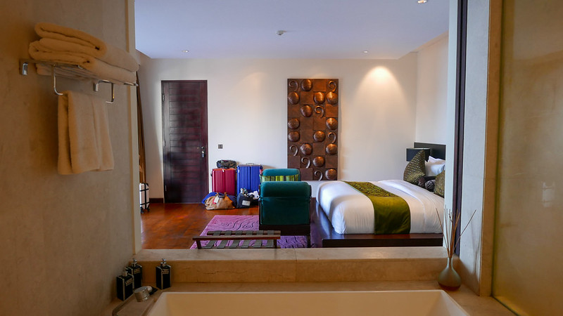 28279394406 ba0af6384a c - REVIEW - The Edge, Uluwatu (Bali)