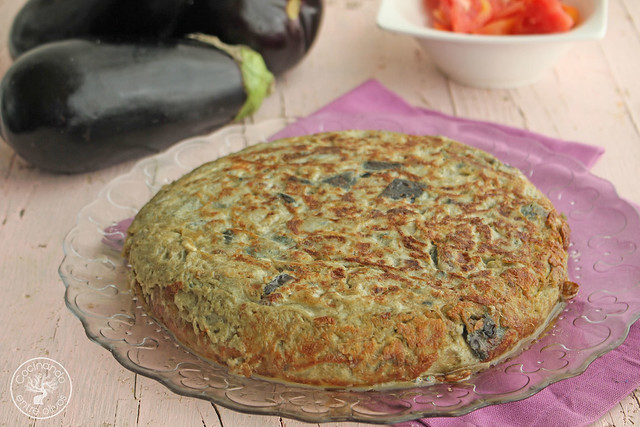 Tortilla de berenjenas www.cocinandoentreolivos.com (12)