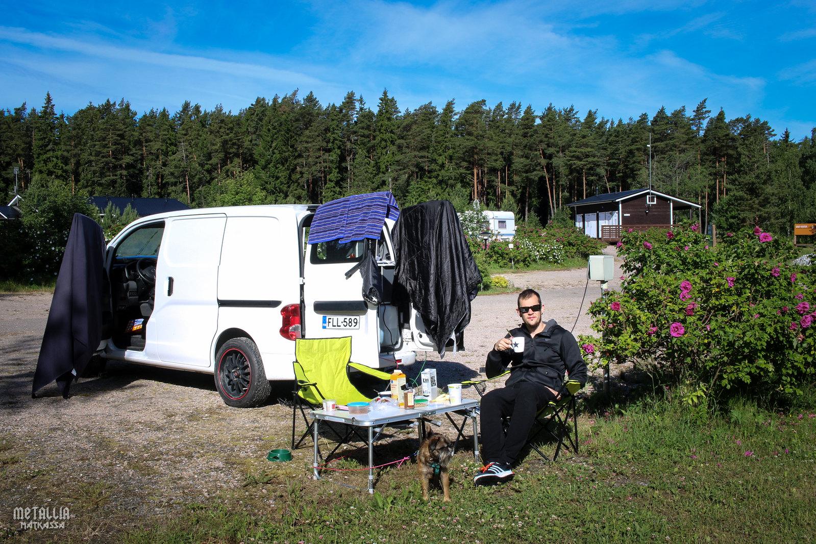 saariston rengastie, mossala island resort, koiran kanssa matkustaminen, autolla saariston rengastielle, saariston lomakeskus