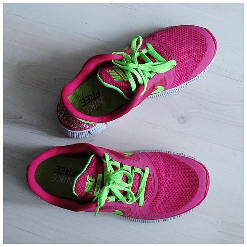 738_Nike_Free_Pink3