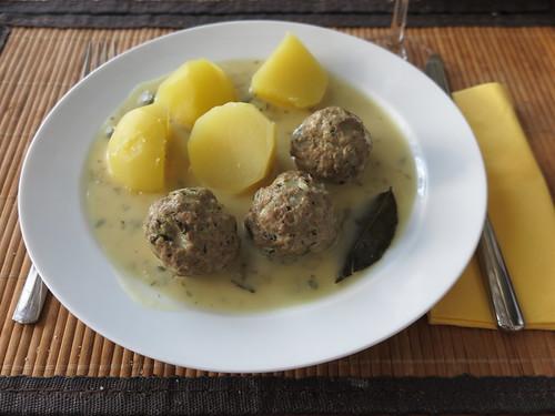 Königsberger Klopse mit Salzkartoffeln