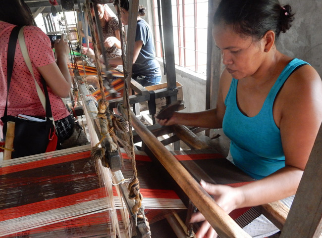 loom-weaving